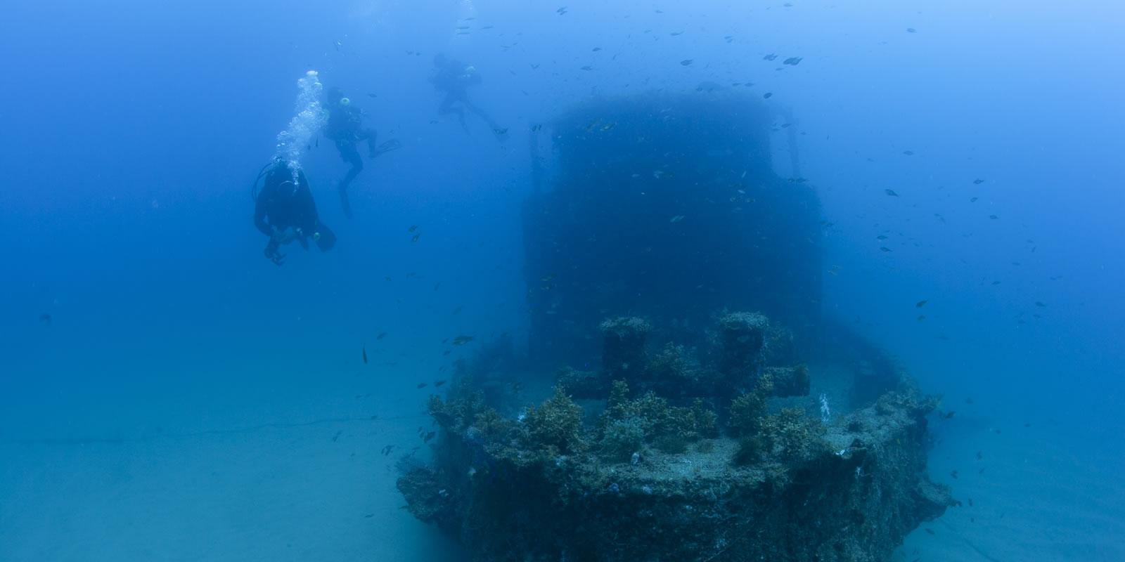 白浜の沈船