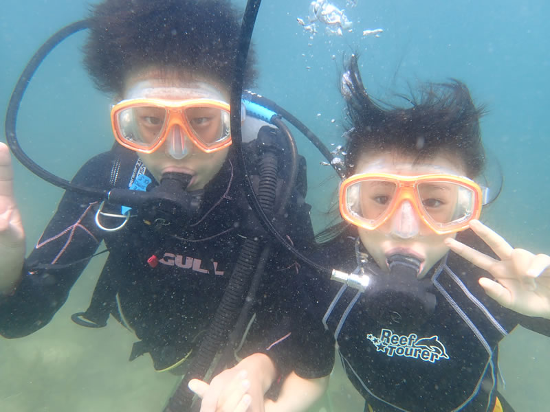 兄弟で体験ダイビング